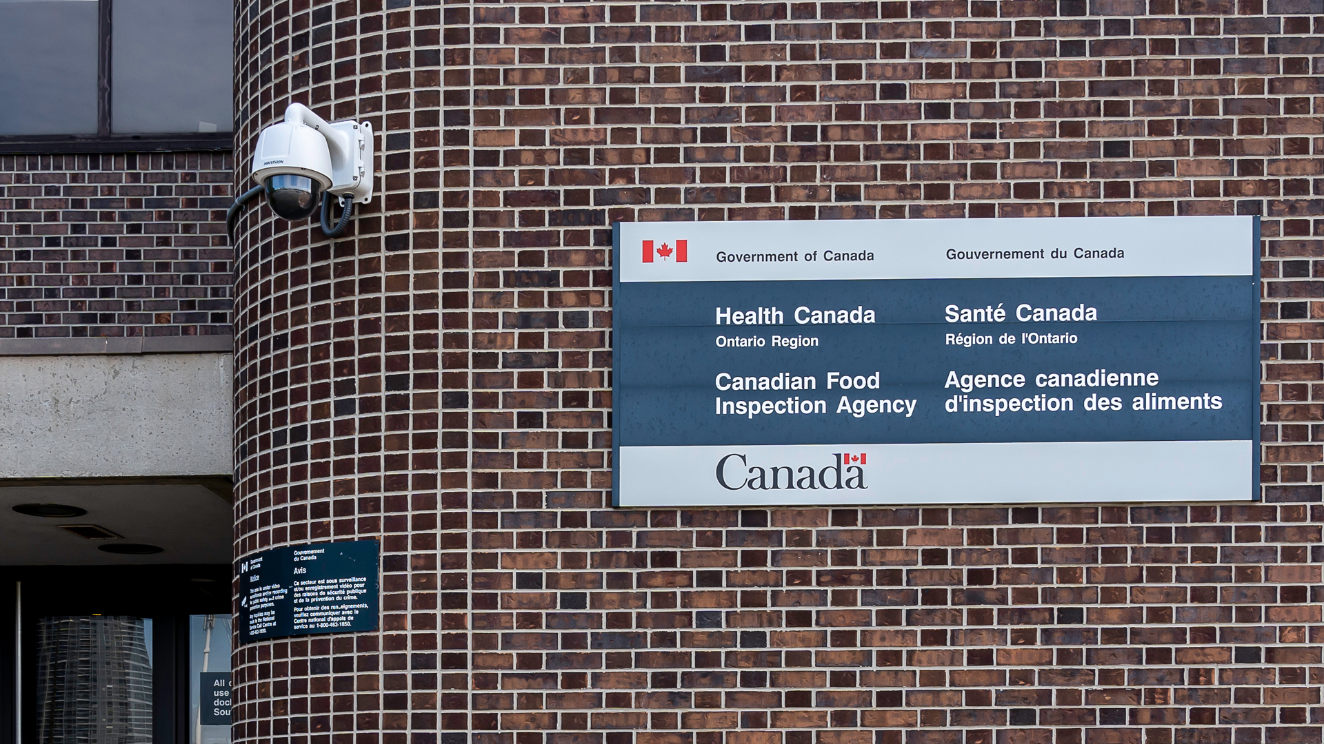 Health Canada Regulatory Exemptions in Response to COVID-19 Product Shortages